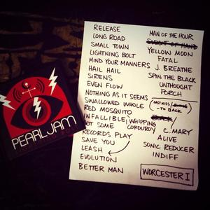 Setlist photo from Pearl Jam - DCU Center, Worcester, MA, USA - 15. Oct 2013